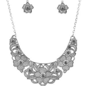 Silver Lattice Necklace and Earrings Set